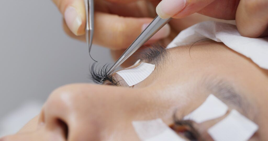 How do you maintain long-lasting eyelashes?